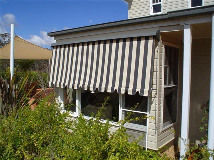 Spring Roller Automatic Awnings Nj S Bob Canvas Toowoomba