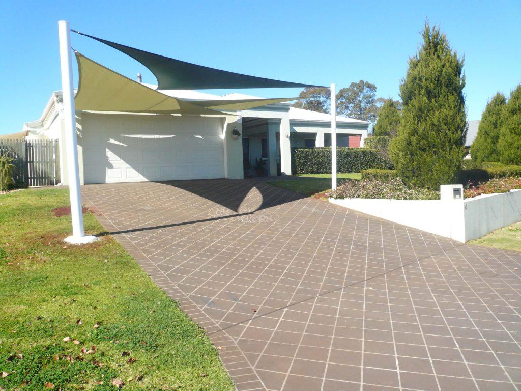Strange Shade Sails Njs Bob Canvas Toowoomba Download Free Architecture Designs Scobabritishbridgeorg